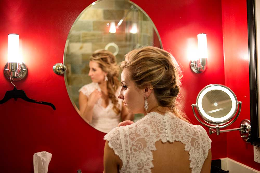bride getting ready at edgewater hotel